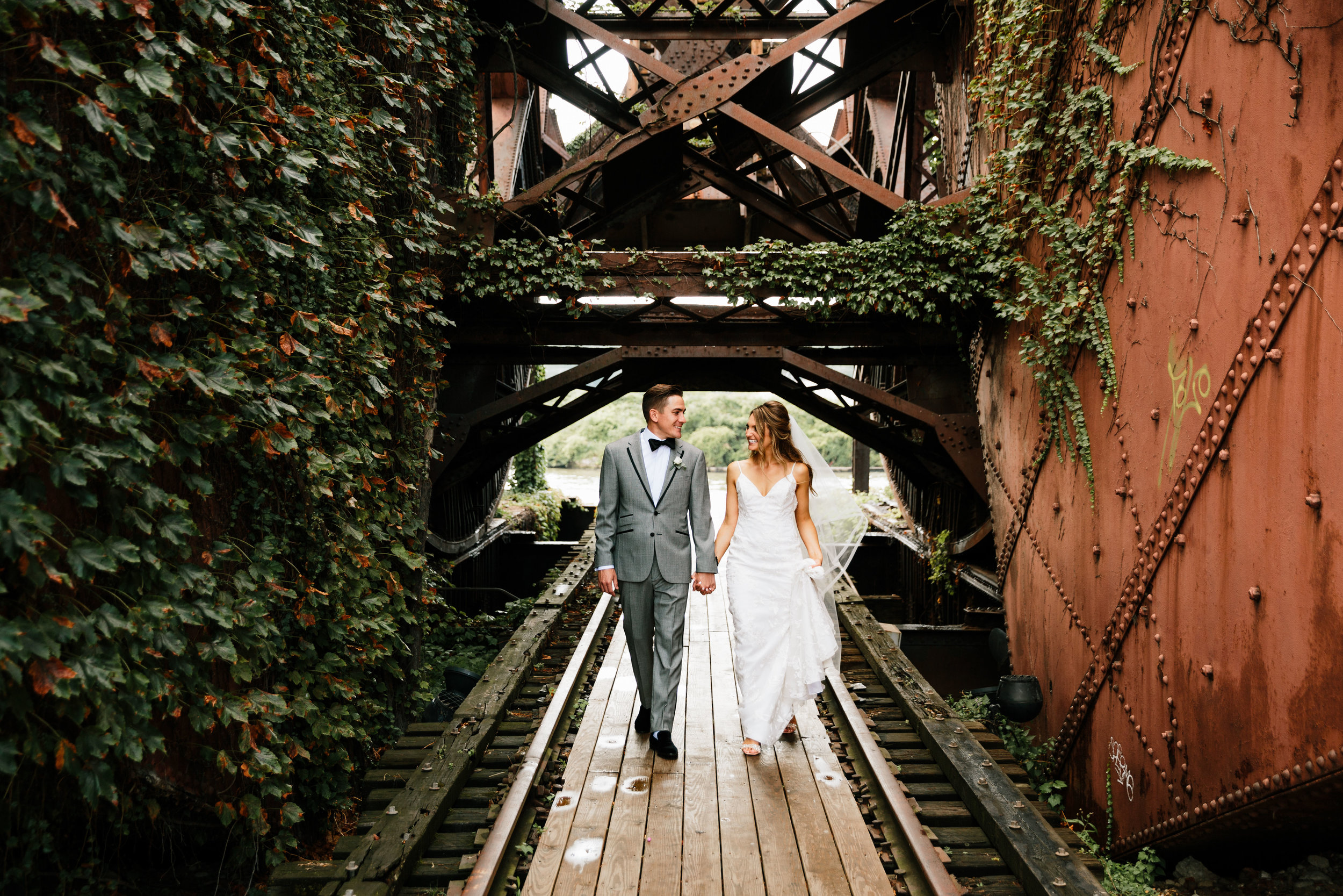 tenk-west-bank-flats-photography-wedding-photographers-in-cleveland-downtown-industrial-89.jpg