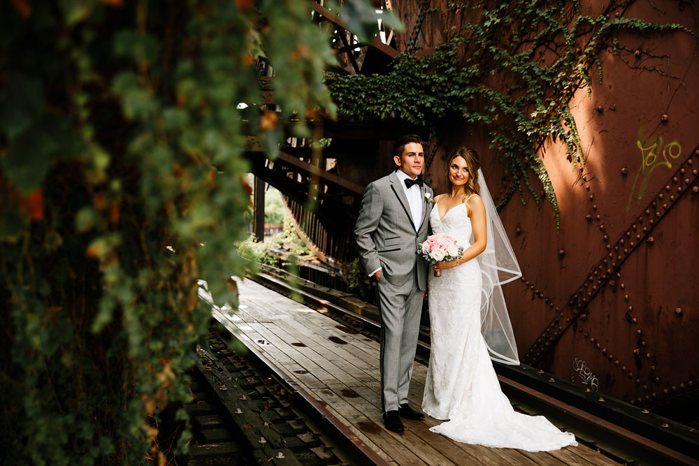 tenk-west-bank-flats-photography-wedding-photographers-in-cleveland-downtown-industrial-95.jpg
