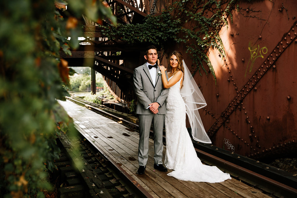 tenk-west-bank-flats-photography-wedding-photographers-in-cleveland-downtown-industrial-97.jpg