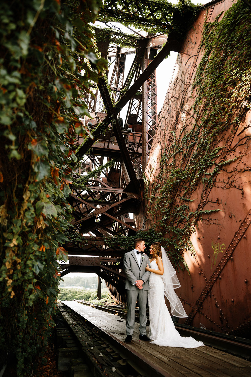 tenk-west-bank-flats-photography-wedding-photographers-in-cleveland-downtown-industrial-99.jpg