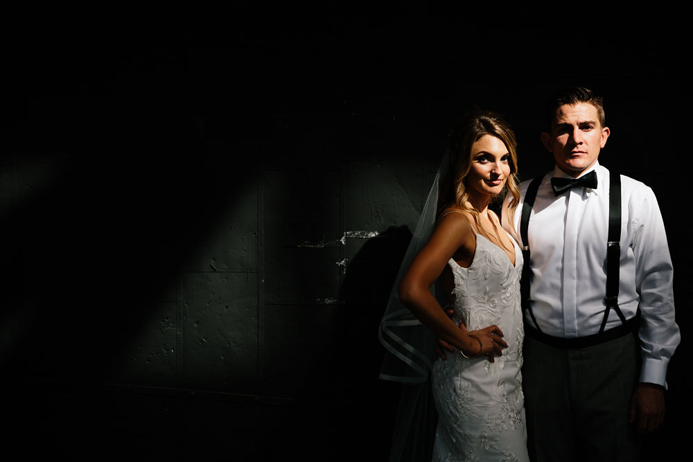 tenk-west-bank-flats-photography-wedding-photographers-in-cleveland-downtown-industrial-106.jpg