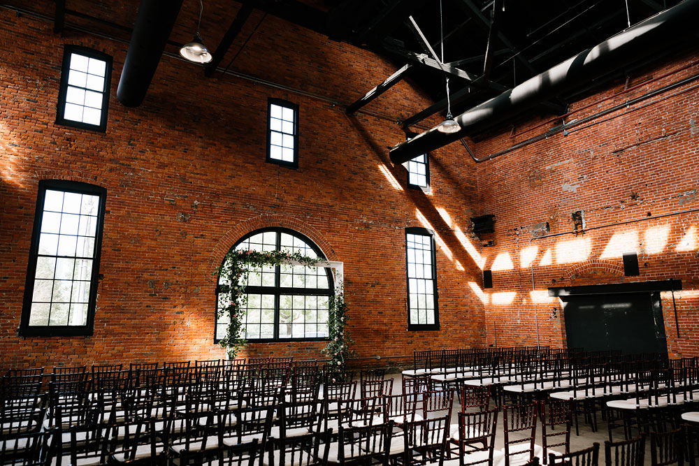 tenk-west-bank-flats-photography-wedding-photographers-in-cleveland-downtown-industrial-110.jpg
