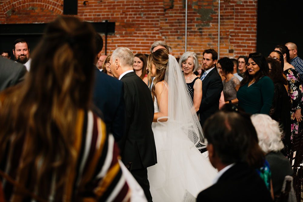 tenk-west-bank-flats-photography-wedding-photographers-in-cleveland-downtown-industrial-119.jpg