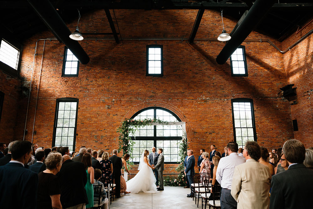 tenk-west-bank-flats-photography-wedding-photographers-in-cleveland-downtown-industrial-124.jpg