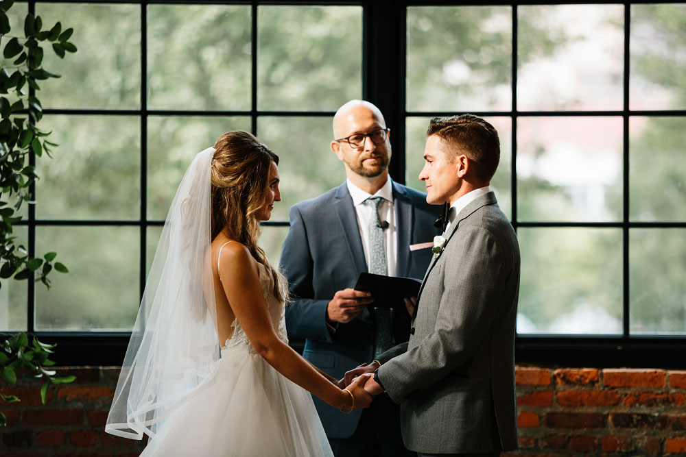 tenk-west-bank-flats-photography-wedding-photographers-in-cleveland-downtown-industrial-127.jpg