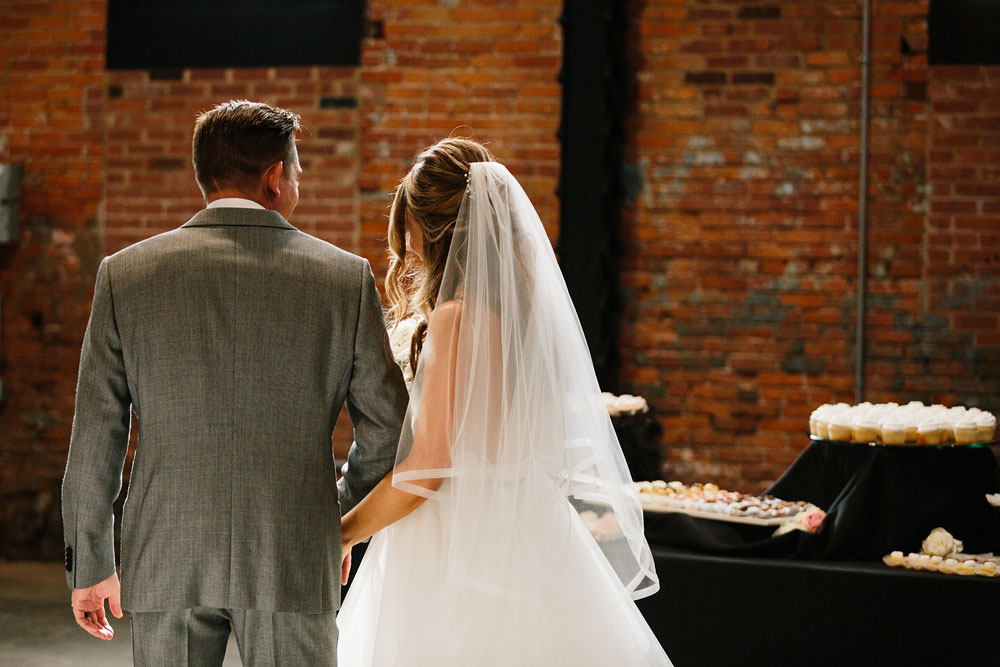 tenk-west-bank-flats-photography-wedding-photographers-in-cleveland-downtown-industrial-141.jpg