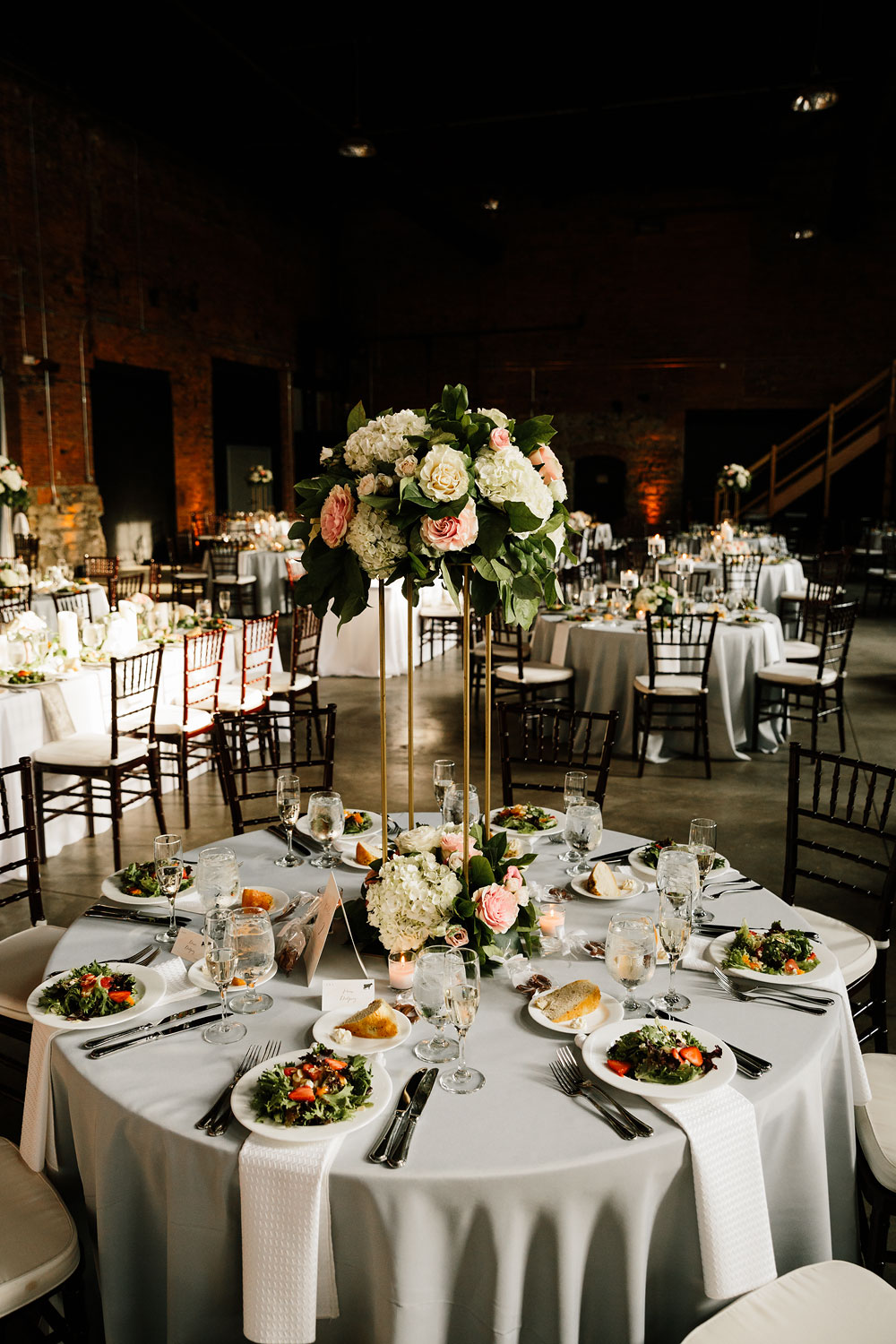 tenk-west-bank-flats-photography-wedding-photographers-in-cleveland-downtown-industrial-155.jpg