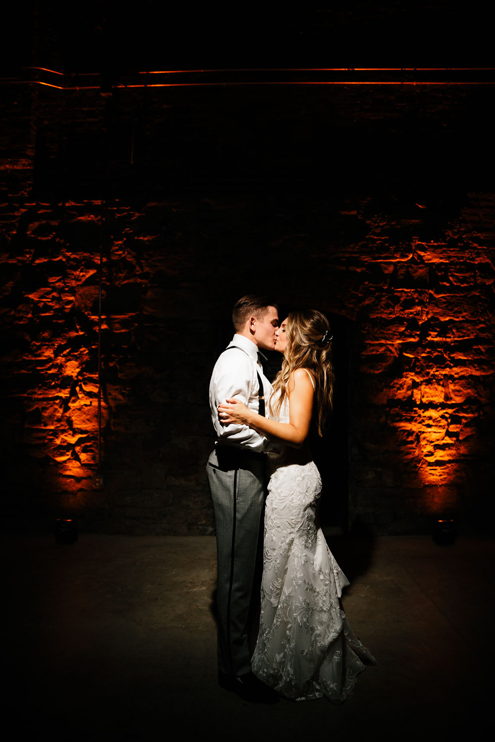 tenk-west-bank-flats-photography-wedding-photographers-in-cleveland-downtown-industrial-199.jpg