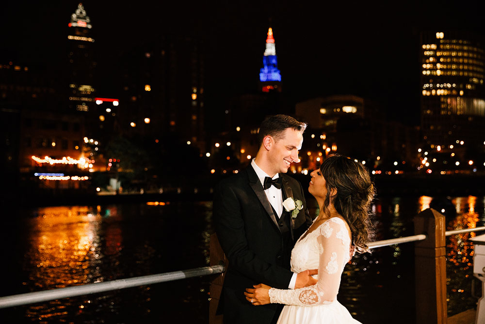 windows-on-the-river-wedding-photography-cleveland-wedding-photographers-135.jpg