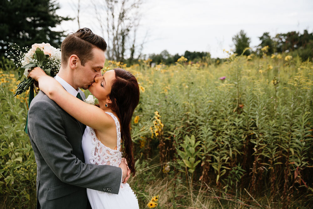 orchard-hills-center-at-pattersons-fruit-farm-wedding-photography-wedding-photographers-in-cleveland-52.jpg