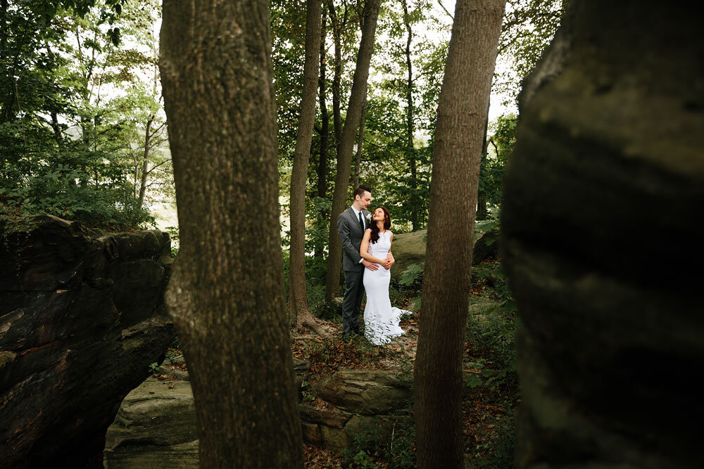 orchard-hills-center-at-pattersons-fruit-farm-wedding-photography-wedding-photographers-in-cleveland-60.jpg