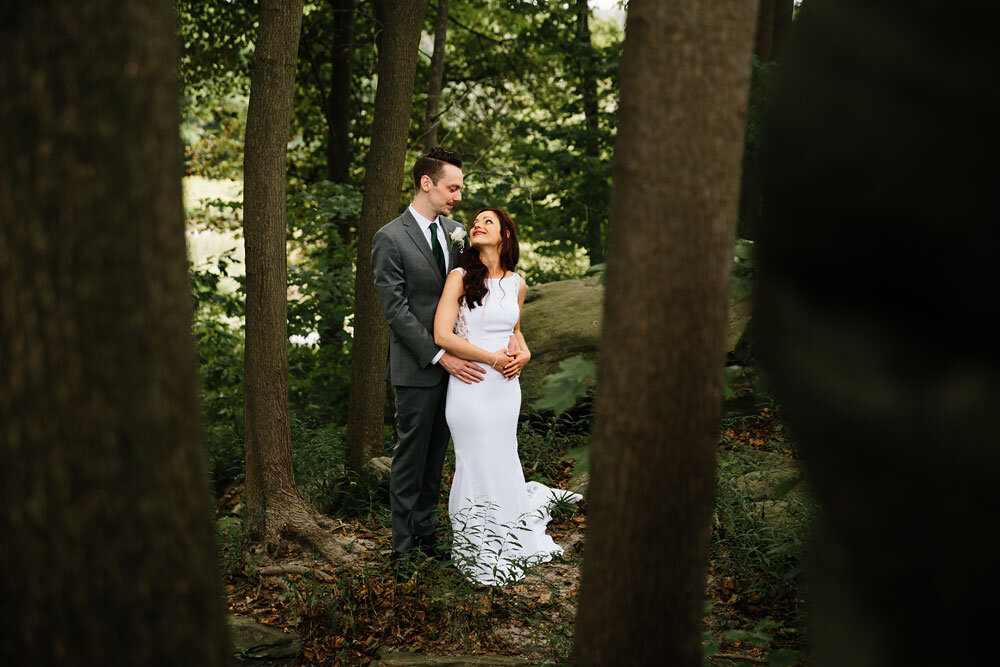 orchard-hills-center-at-pattersons-fruit-farm-wedding-photography-wedding-photographers-in-cleveland-61.jpg