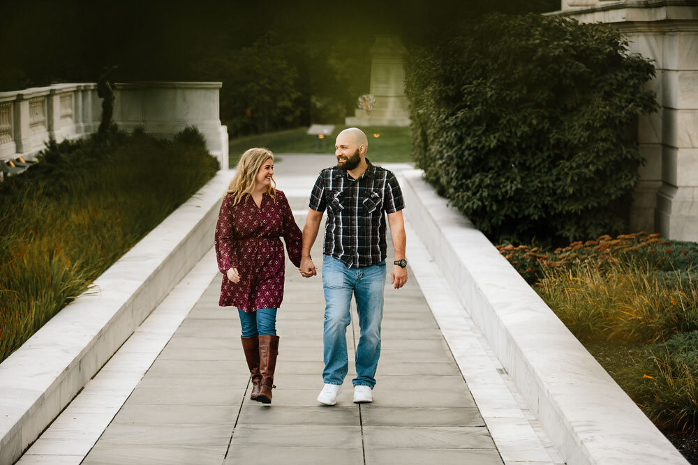 wedding-photographers-in-cleveland-engagement-photography-at-cleveland-museum-of-art-university-circle-6.jpg