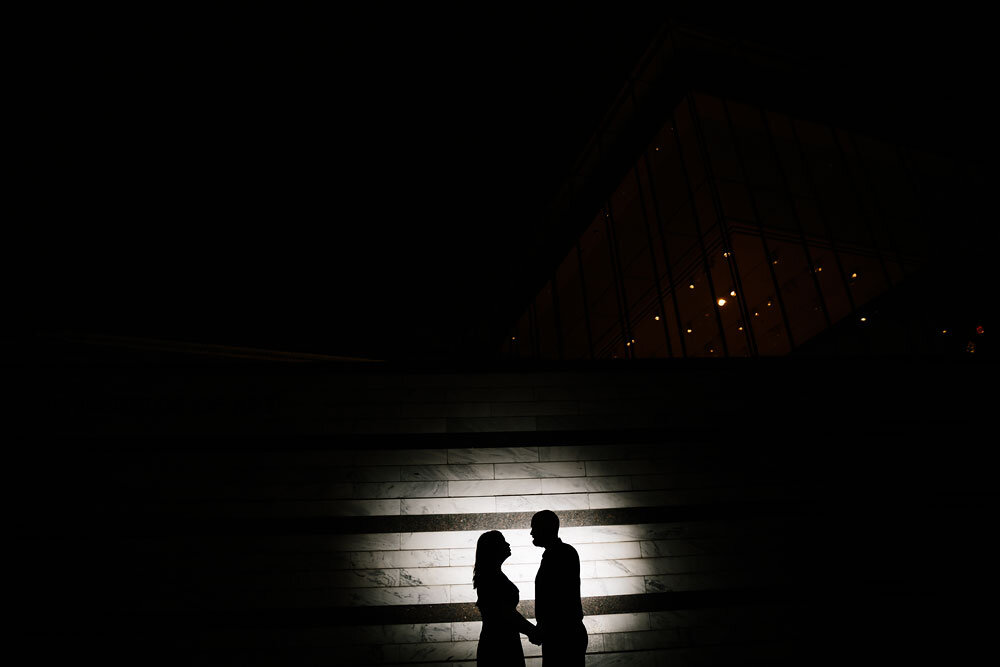 wedding-photographers-in-cleveland-engagement-photography-at-cleveland-museum-of-art-university-circle-21.jpg