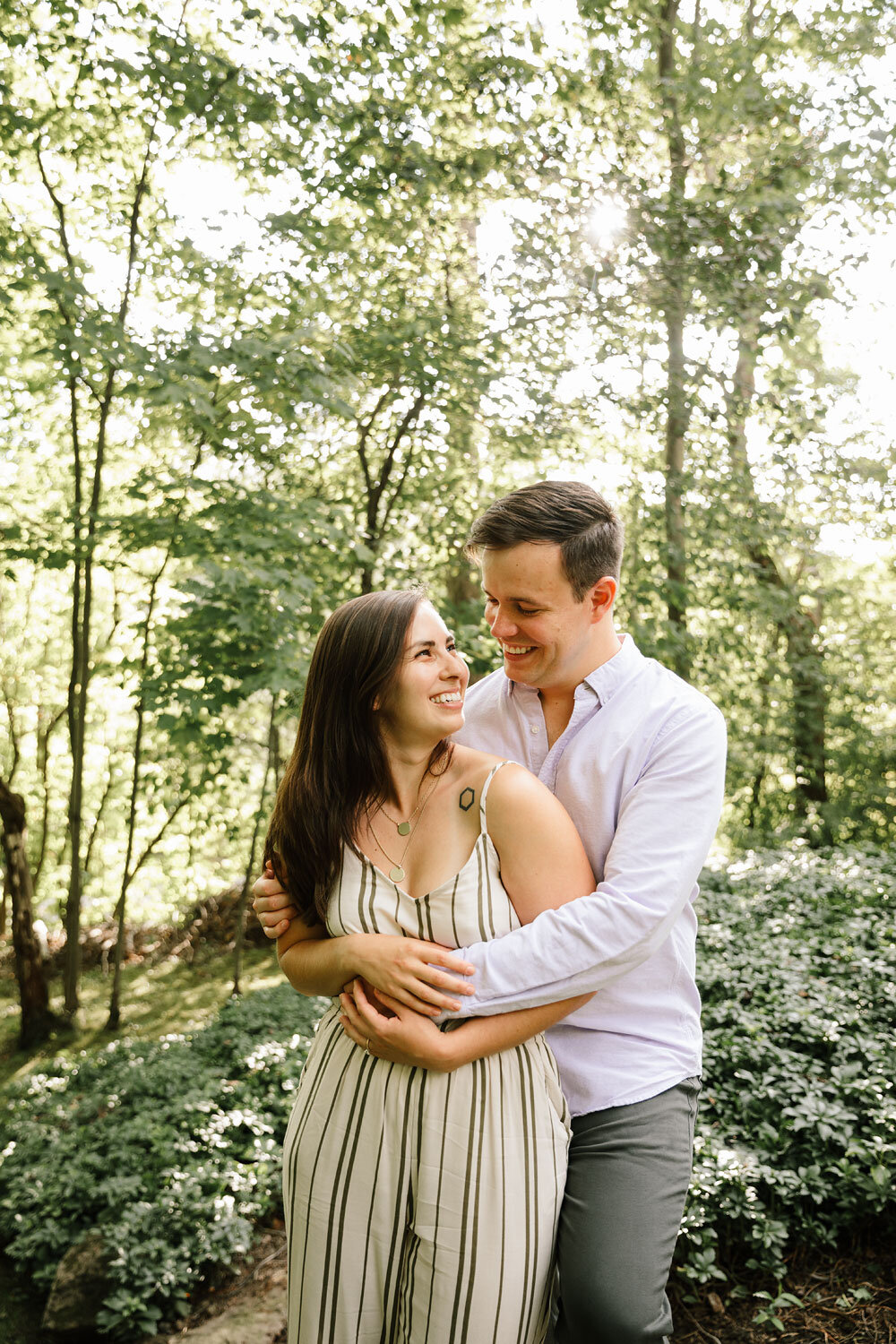 south-chagrin-reservation-engagement-portraits-wedding-photographers-in-cleveland-7.jpg