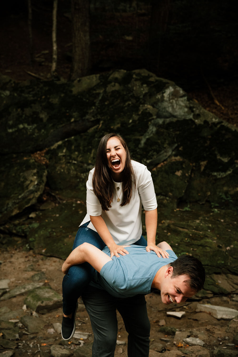 south-chagrin-reservation-engagement-portraits-wedding-photographers-in-cleveland-25.jpg