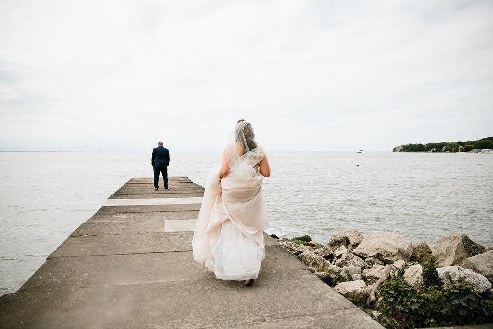 catawba-island-club-wedding-photography-sandusky-port-clinton-wedding-photographers-lake-erie-27.jpg