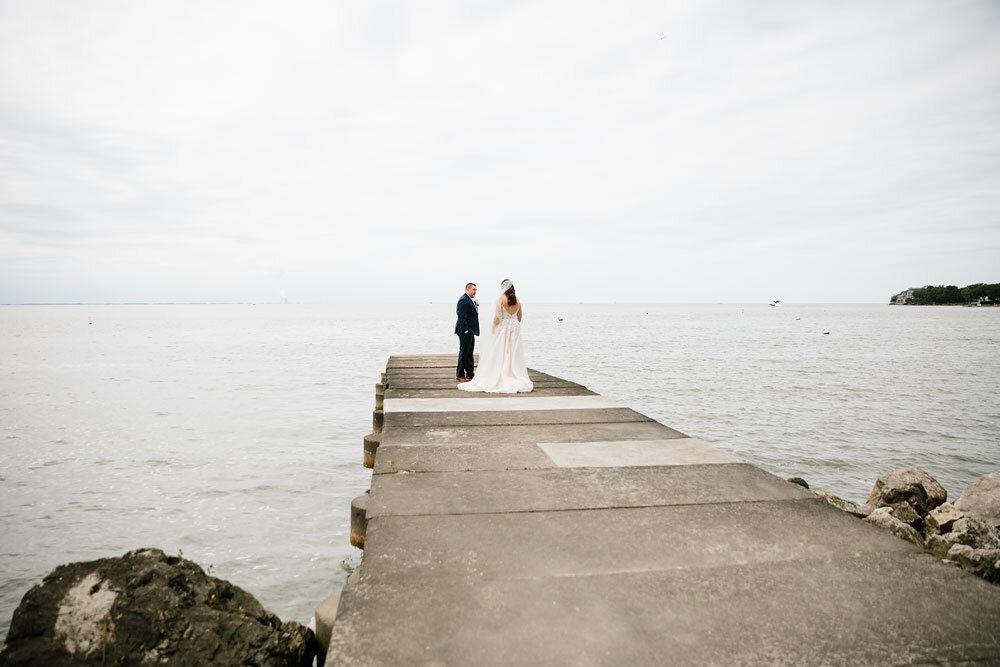 catawba-island-club-wedding-photography-sandusky-port-clinton-wedding-photographers-lake-erie-30.jpg