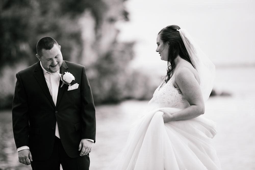catawba-island-club-wedding-photography-sandusky-port-clinton-wedding-photographers-lake-erie-33.jpg