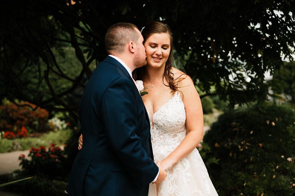 catawba-island-club-wedding-photography-sandusky-port-clinton-wedding-photographers-lake-erie-43.jpg