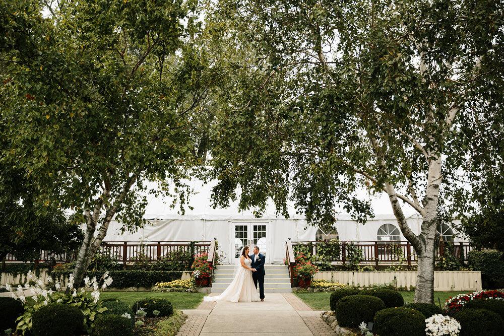 catawba-island-club-wedding-photography-sandusky-port-clinton-wedding-photographers-lake-erie-50.jpg