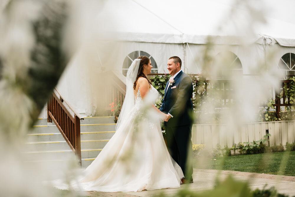 catawba-island-club-wedding-photography-sandusky-port-clinton-wedding-photographers-lake-erie-52.jpg