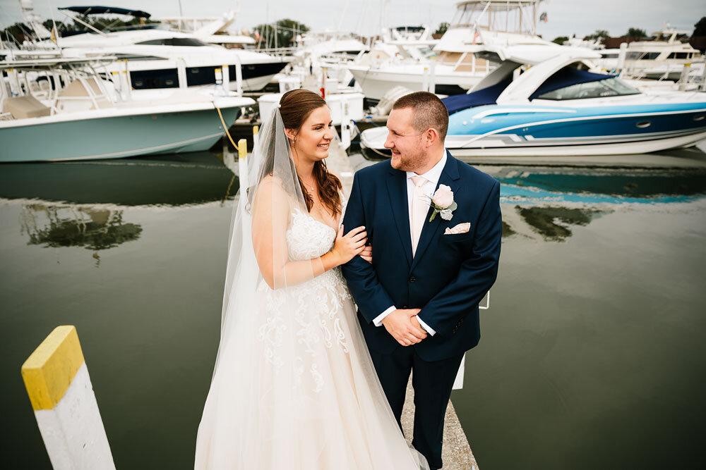 catawba-island-club-wedding-photography-sandusky-port-clinton-wedding-photographers-lake-erie-56.jpg