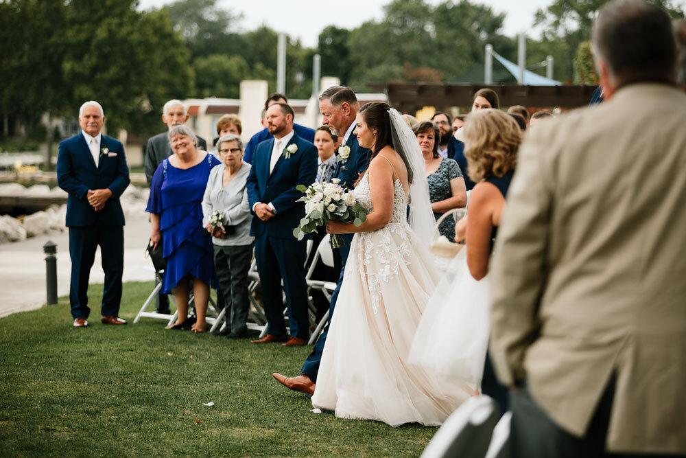 catawba-island-club-wedding-photography-sandusky-port-clinton-wedding-photographers-lake-erie-65.jpg