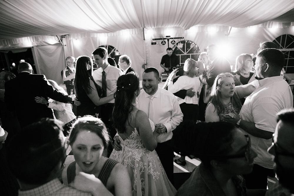 catawba-island-club-wedding-photography-sandusky-port-clinton-wedding-photographers-lake-erie-79.jpg