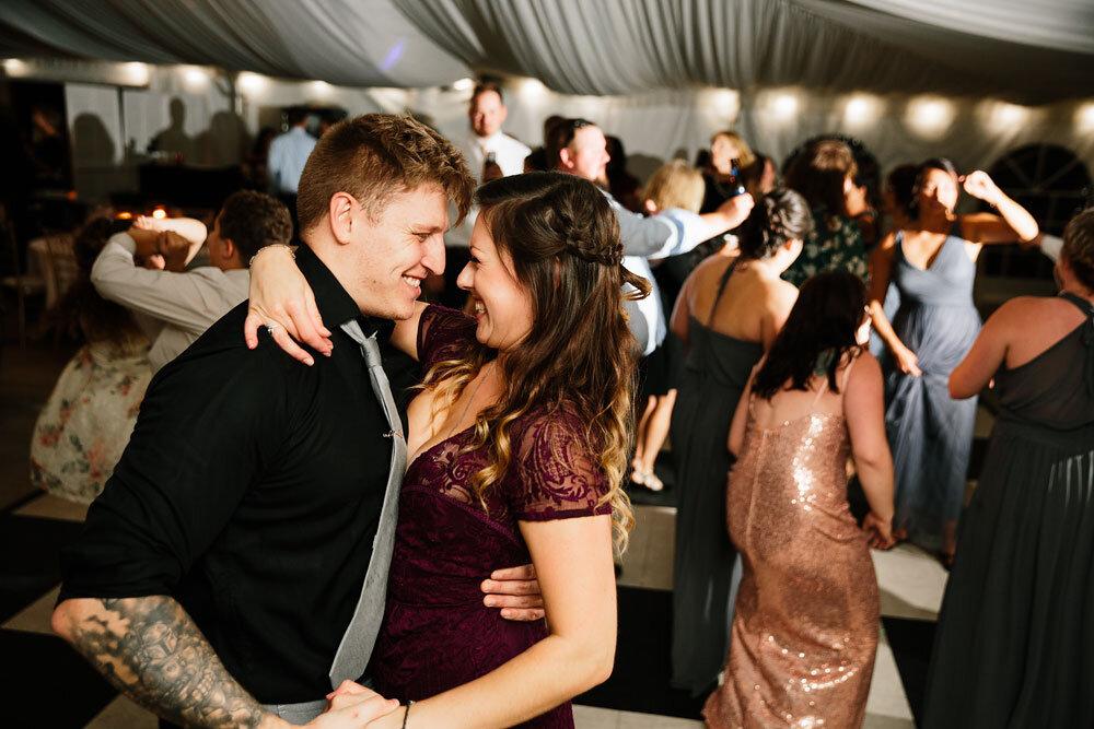 catawba-island-club-wedding-photography-sandusky-port-clinton-wedding-photographers-lake-erie-82.jpg