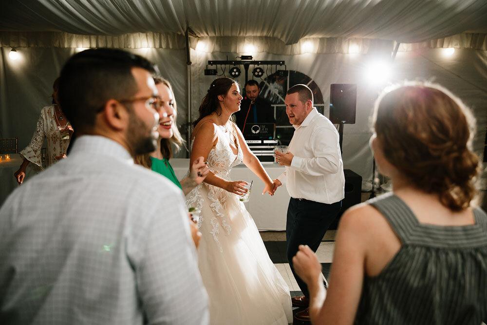 catawba-island-club-wedding-photography-sandusky-port-clinton-wedding-photographers-lake-erie-83.jpg