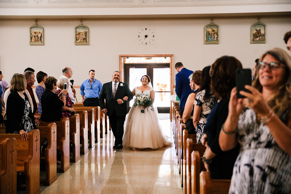 tremont-cityside-ballroom-wedding-city-side-wedding-photography-cleveland-wedding-photographers-27.jpg