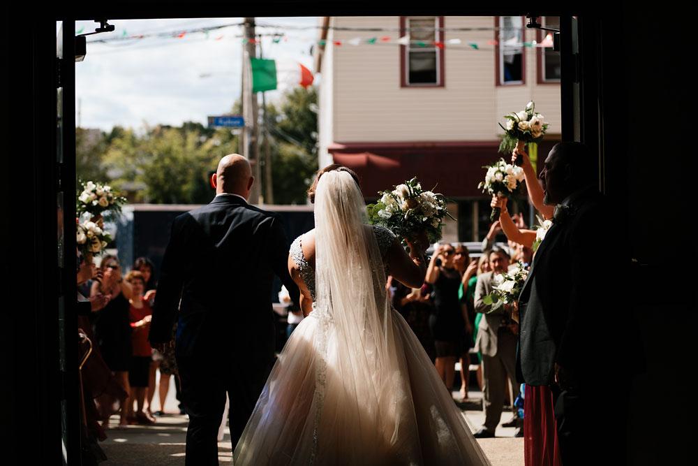 tremont-cityside-ballroom-wedding-city-side-wedding-photography-cleveland-wedding-photographers-40.jpg