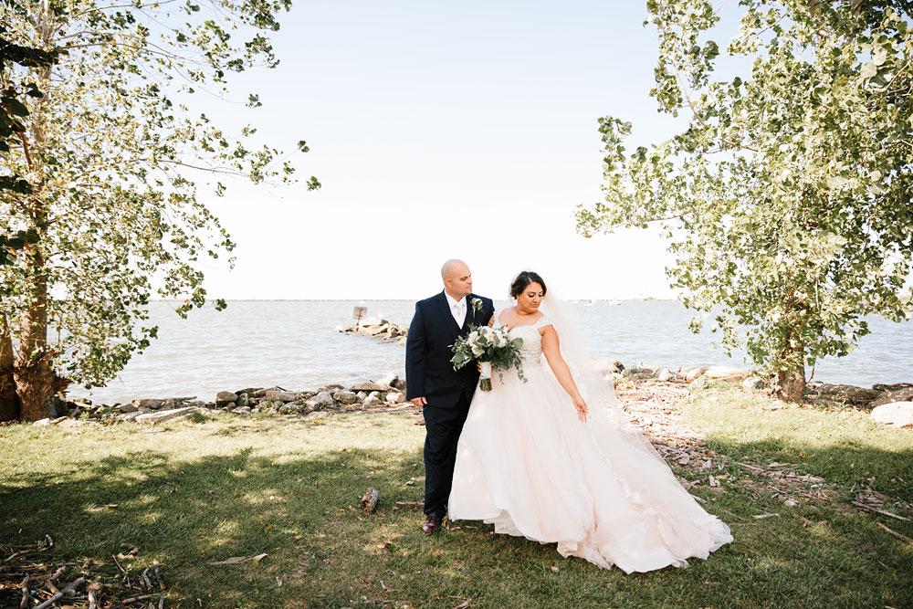 tremont-cityside-ballroom-wedding-city-side-wedding-photography-cleveland-wedding-photographers-44.jpg