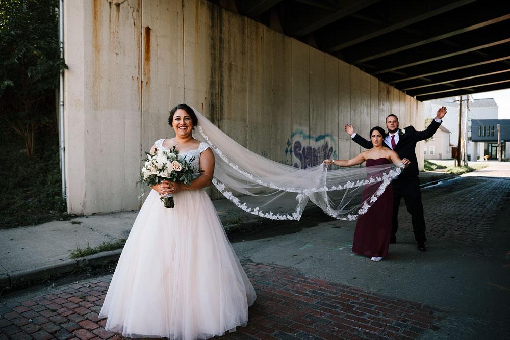 tremont-cityside-ballroom-wedding-city-side-wedding-photography-cleveland-wedding-photographers-53.jpg