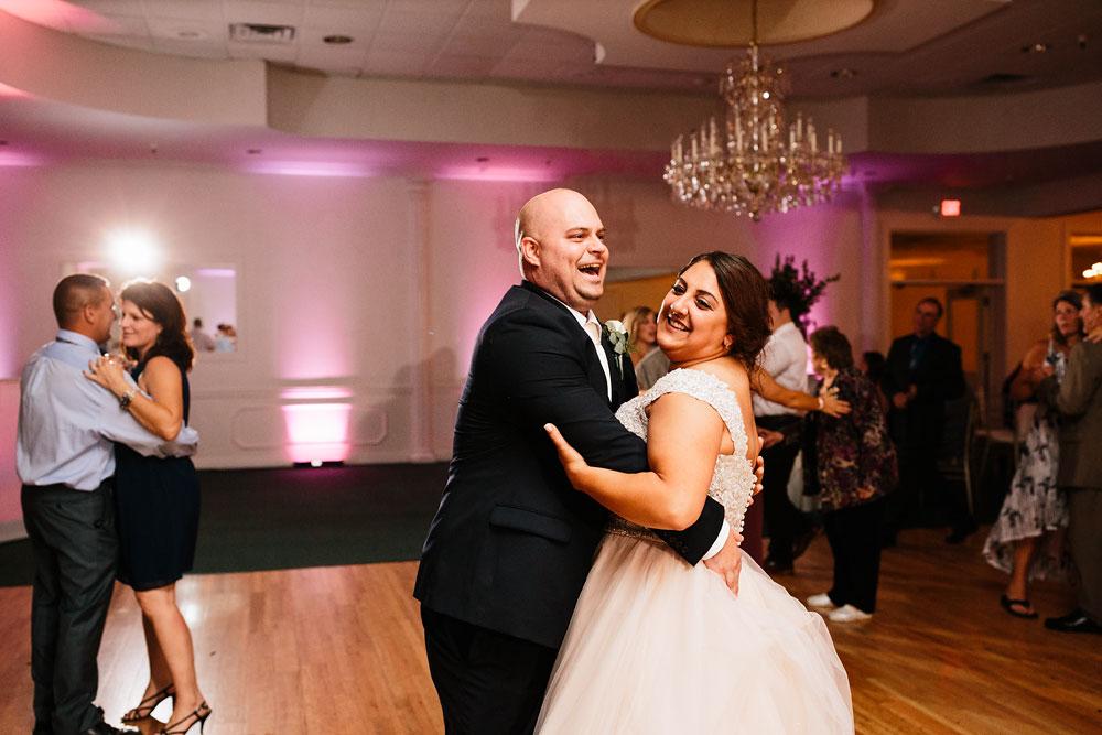 tremont-cityside-ballroom-wedding-city-side-wedding-photography-cleveland-wedding-photographers-110.jpg