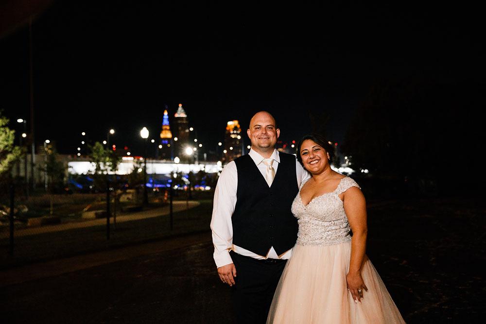 tremont-cityside-ballroom-wedding-city-side-wedding-photography-cleveland-wedding-photographers-117.jpg