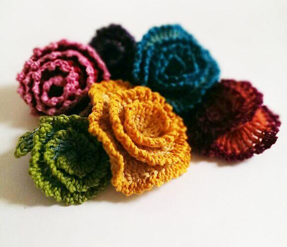 crochet_flower_2.jpg