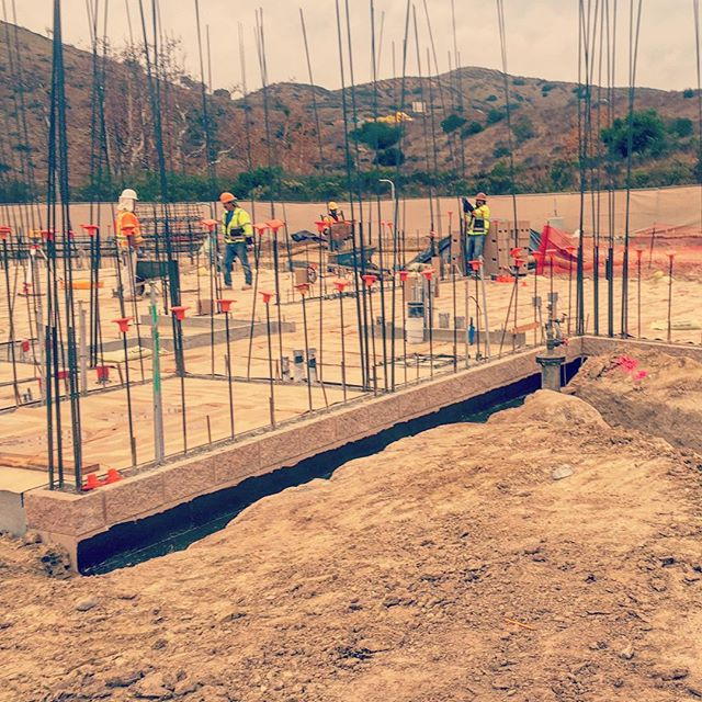 We checked in on the Ranger Station at Mission Trails Regional Park. The new 5,000-sf facility is being constructed with masonry and steel, and will provide new and improved resources for Rangers and park visitors. Coming soon! . . . #details #rebar #construction #masonry #craftsmanship #missiontrails #publicworks #cityofsandiego #aiasandiego #sandiego2019