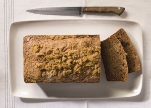 mare_banana_bread_with_cinnamon_crumble_topping_h.jpg