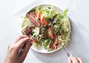 mare_smoked_duck_and_pluot_salad_h.jpg