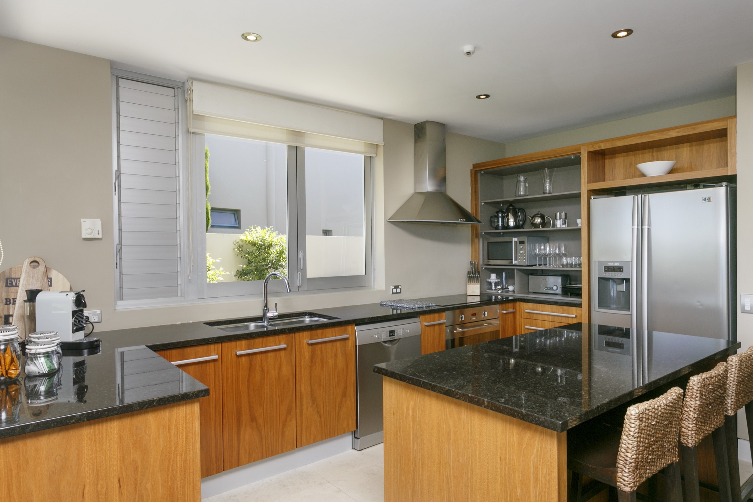 Ground floor two bedroom apartment kitchen 2.jpg