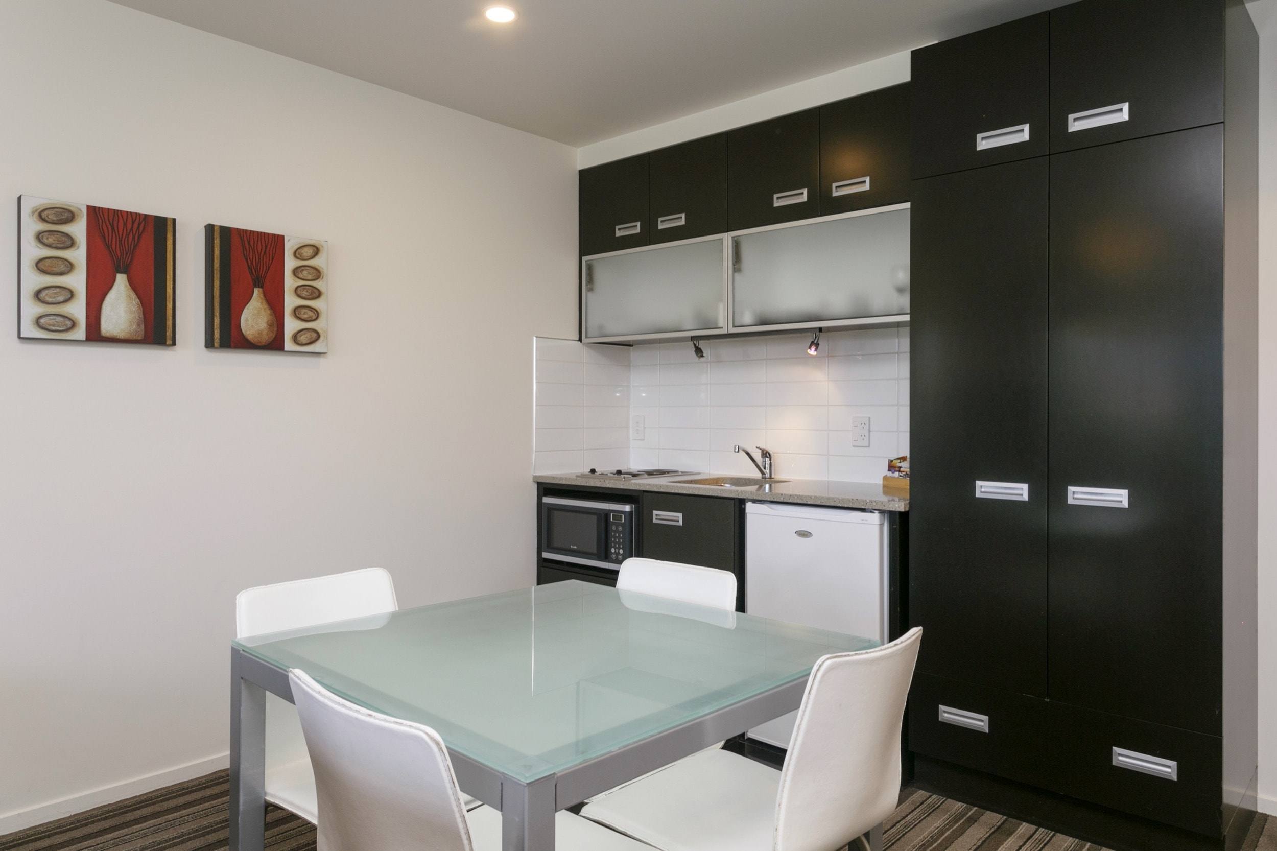 Luxury Studio poolside kitchenette-min.jpg