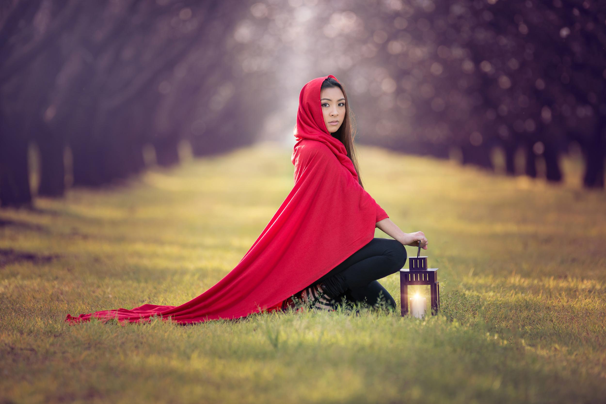 Red Riding Hood-5021.jpg