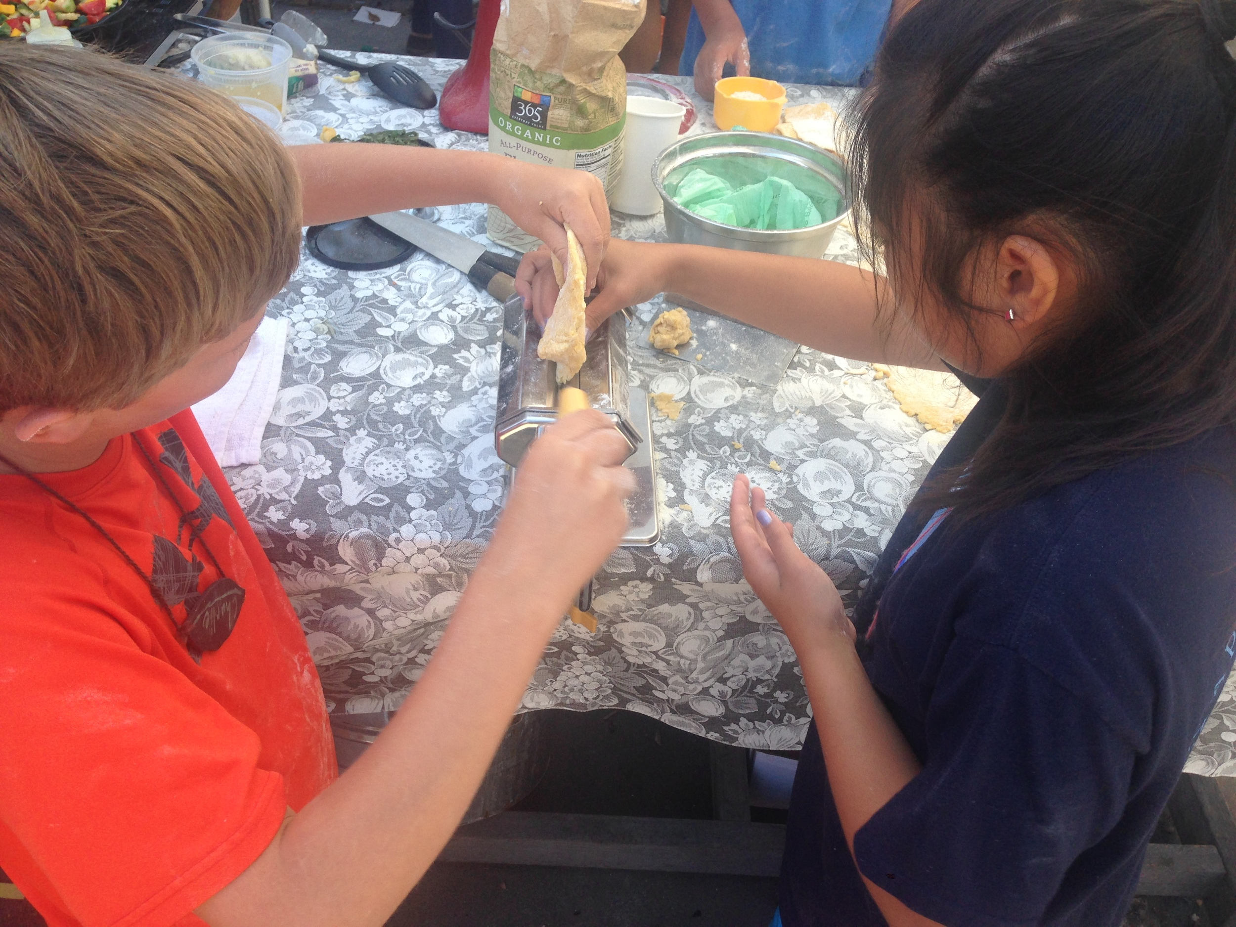 S3D1 2015 kids make pasta.jpg