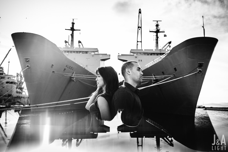 20160326-LianaBrad-OaklandAlamedaNavalShipyardEngagement-006.jpg