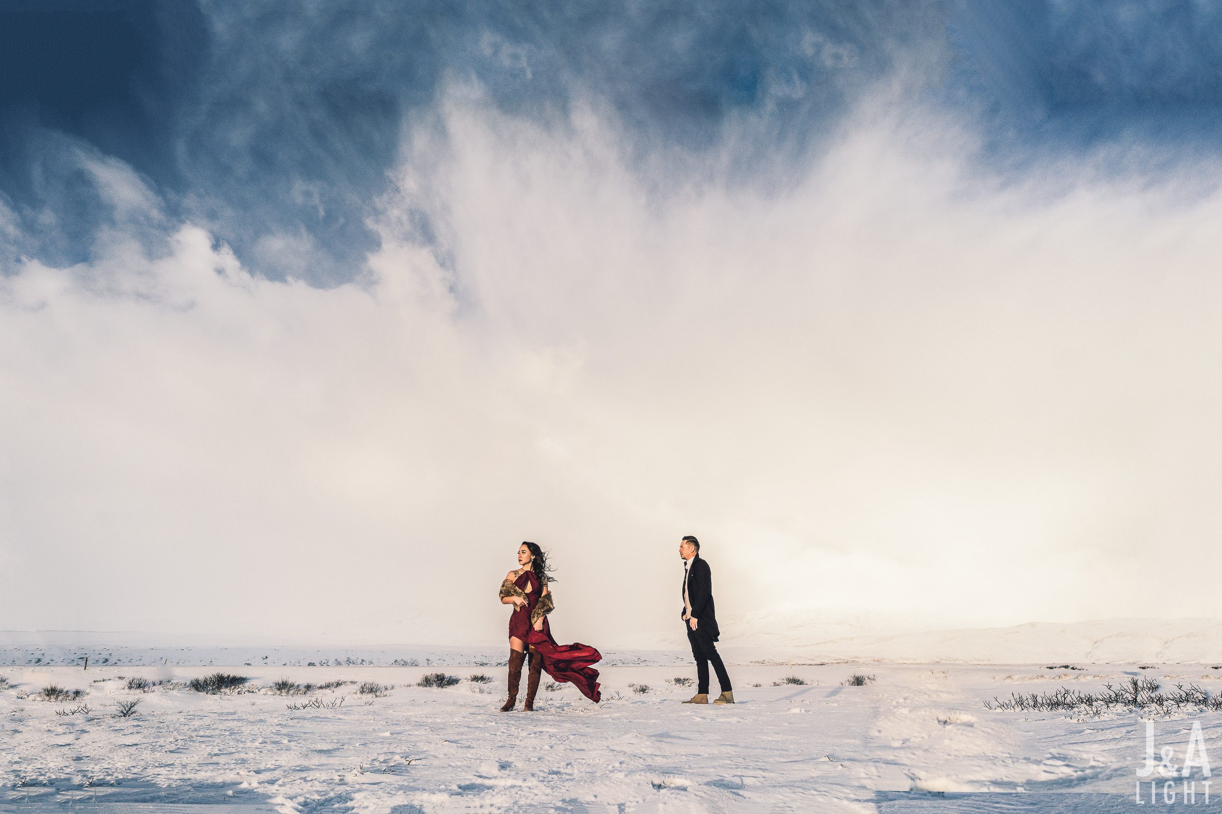 20180114-IcelandEngagementPortraits_EuropeDestinationWedding-010.jpg