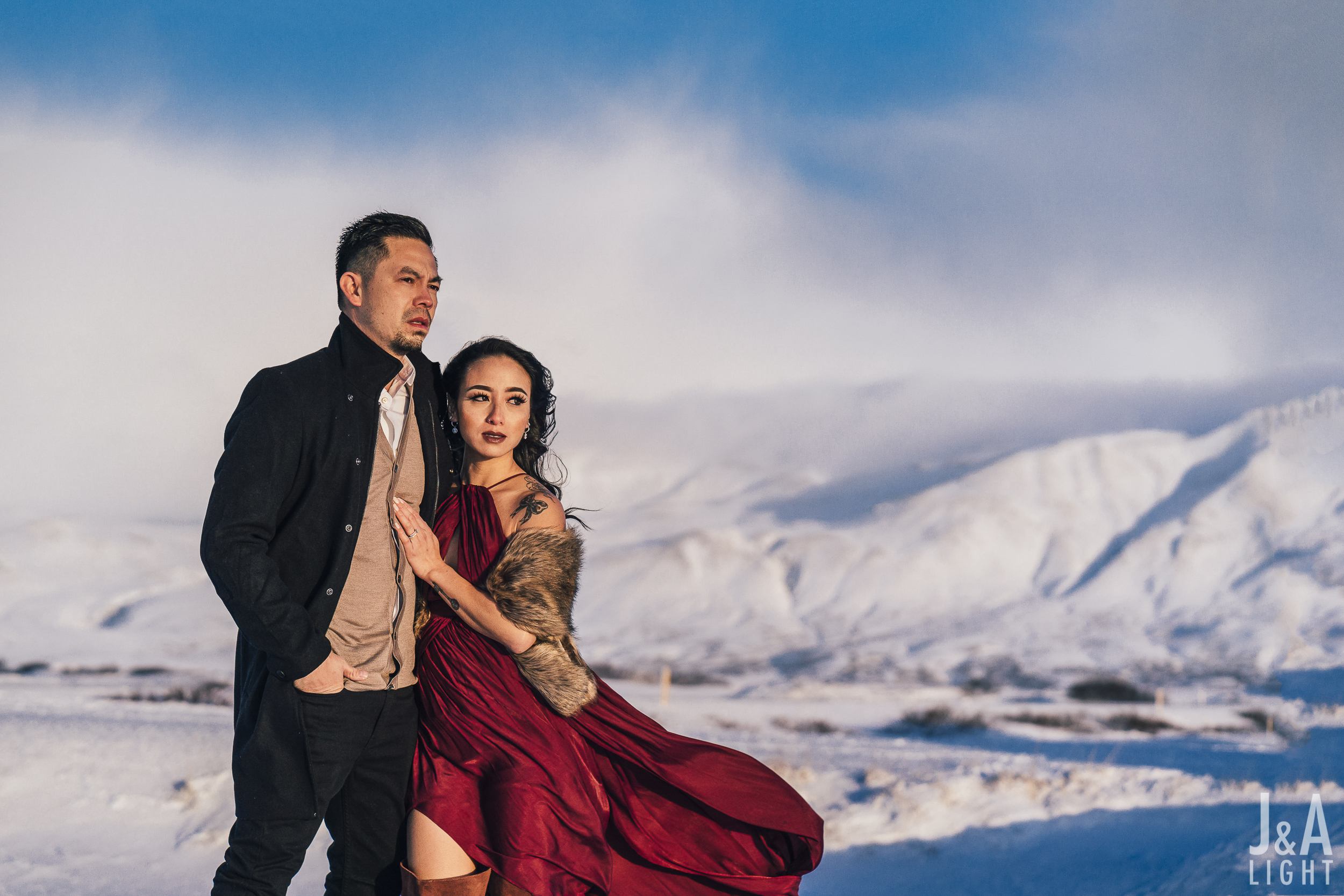 20180114-IcelandEngagementPortraits_EuropeDestinationWedding-011.jpg