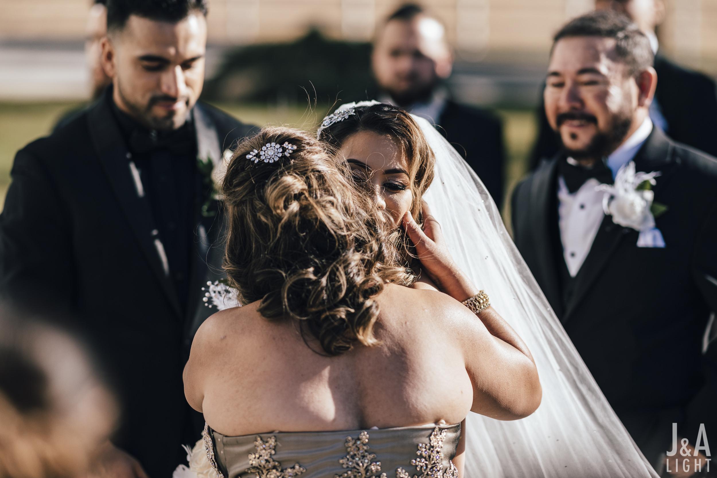 20171014-JanDan-LosBanos-GlassMansion-Wedding-Blog-035.jpg