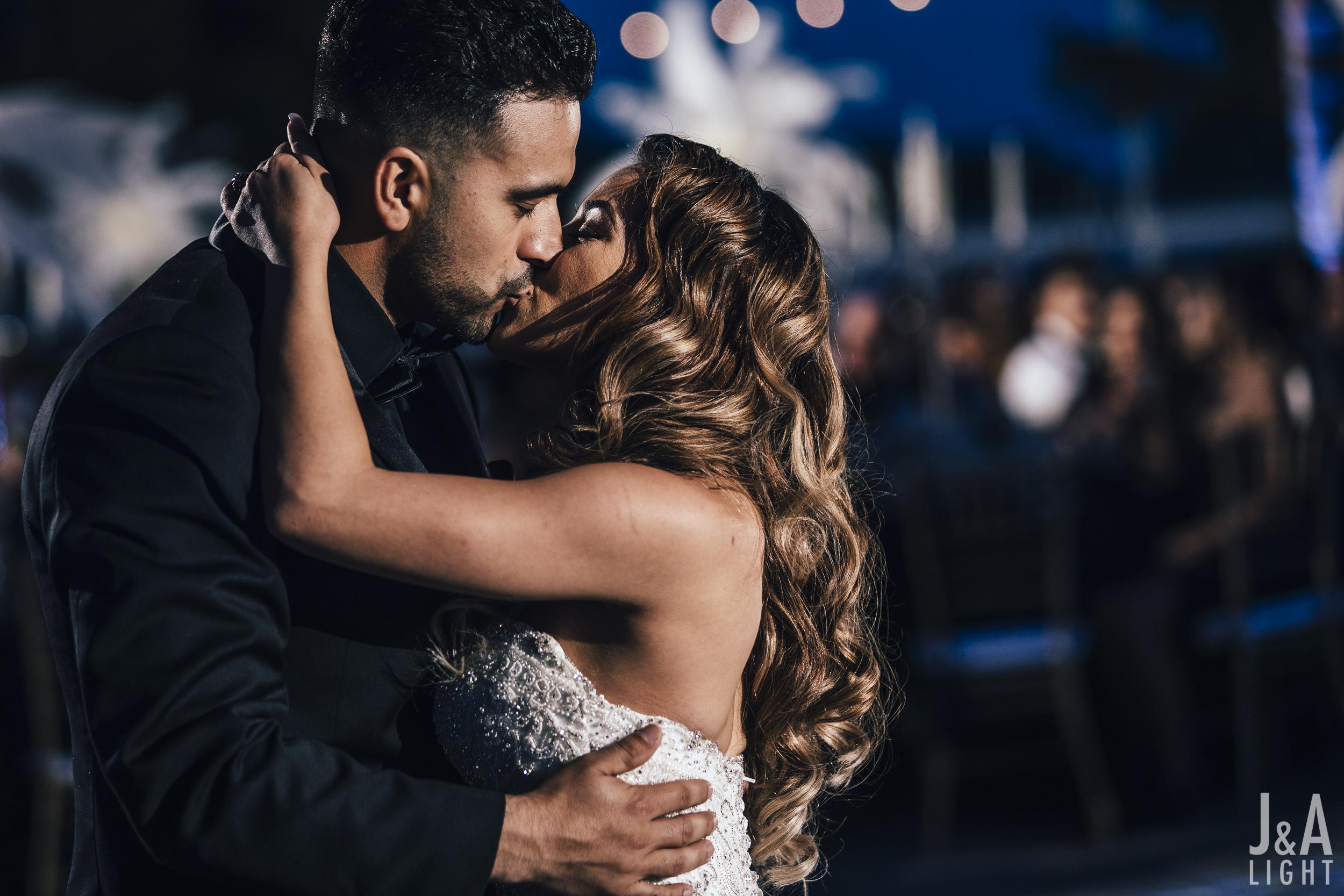 20171014-JanDan-LosBanos-GlassMansion-Wedding-Blog-065.jpg